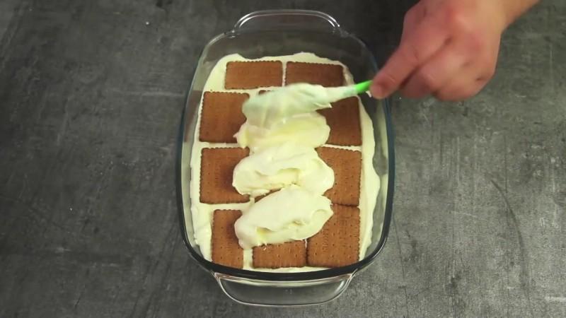 dieser kuchen schmeckt sensationell lecker und das beste
