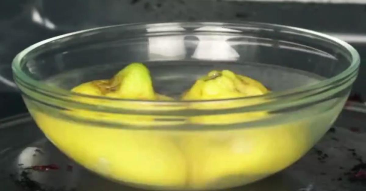 mikrowelle sauber machen zitrone