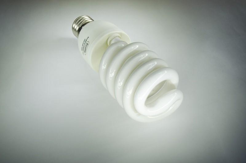 Vorsicht energiesparlampen gef hrden die gesundheit for Lampen quecksilber