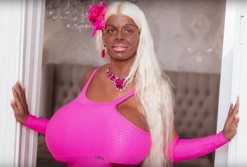 """Deutsche will um jeden Preis """"exotische Barbie werden."""