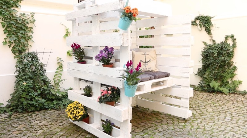 diy projekt f r den garten strandkorb aus 8 europaletten selber bauen. Black Bedroom Furniture Sets. Home Design Ideas