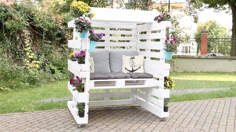 diy projekt f r den garten strandkorb aus 8 europaletten. Black Bedroom Furniture Sets. Home Design Ideas