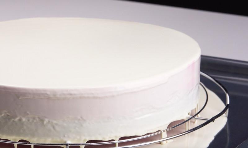 Dieser Cheesecake hat ein knackendes Geheimnis!