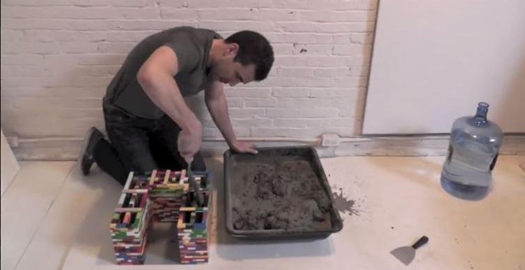 umwerfend satztische im industrial design aus lego und beton. Black Bedroom Furniture Sets. Home Design Ideas