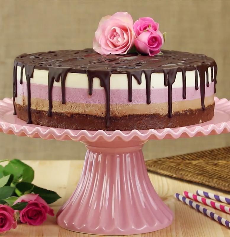 3 Schichten 3 Farben 3 Geschmacksrichtungen Nutella Erdbeer Torte