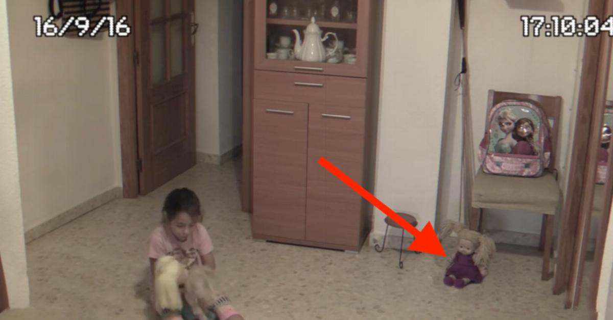 Versteckte Kamera Filmt Sie In Der Dusche