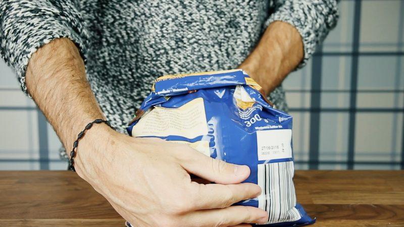 astuce fermer sachet de chips